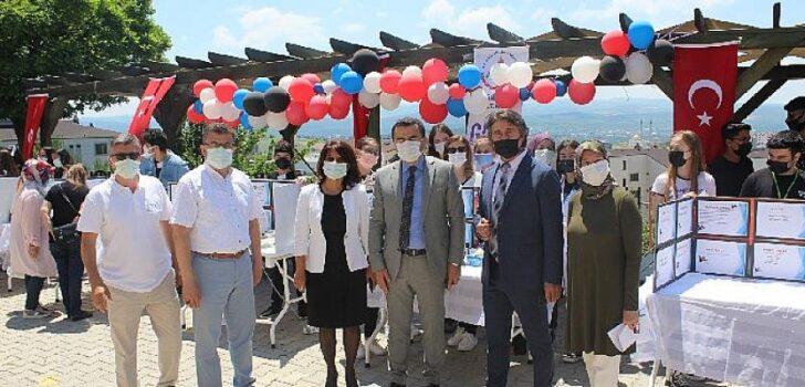 Bursa'da geleceğin bilim insanları sahnede