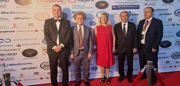 Üsküdar Üniversitesi akademisyenleri SBMT Zirvesi'ne katıldı