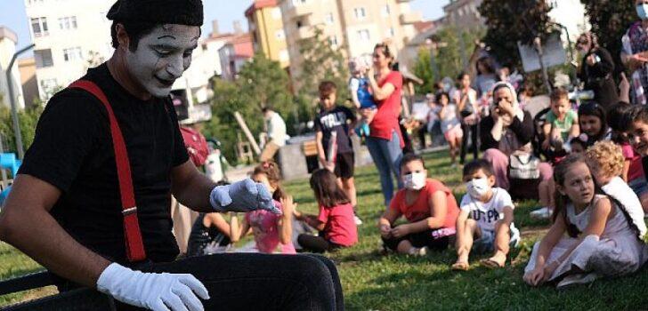 Pandeminin Etkilendiği Sanatçılara Büyük Destek