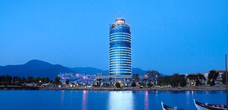 "Wyndham Grand İzmir Özdilek ""Tripadvisor 2021 Travellers' Choice Award"" Kazandı"