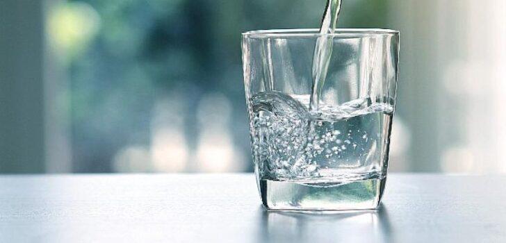 Yaz aylarında doğru ve yeterli miktarda sıvı tüketin