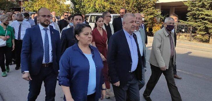 """Zafer Partisi Genel Başkanı Ümit Özdağ , """"Boş bavul birilerinin gitmesi gerektiğini göstermeli"""""""